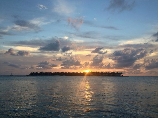 Avalon Bed and Breakfast: Sunset Island Key West