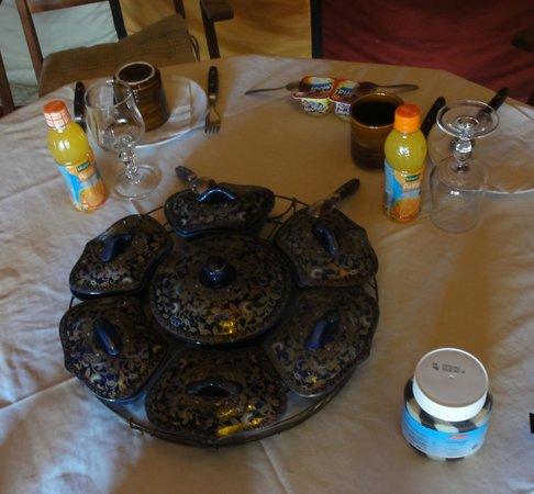 Desert Luxury Camp : Breakfast