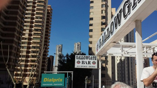 Cheap Hot Tubs Uk >> The Gallowgate Bar, Benidorm - Restaurant Reviews & Photos - TripAdvisor