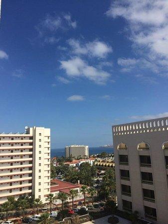Kn Columbus Aparthotel: Sky