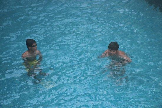 Centara Anda Dhevi Resort and Spa: pool fun