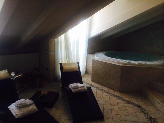 Victoria Hotel: Zona relax e idromassaggio