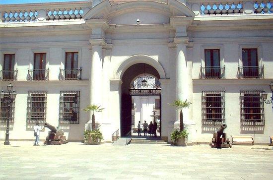 Hotel Galerías: Palácio la Moneda, bem próximo ao hotel