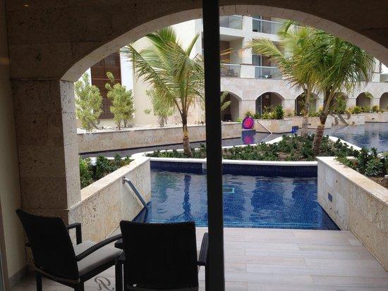 Royalton Punta Cana Resort & Casino: Real True swimout suite