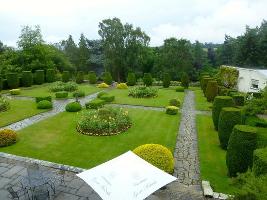 Rufflets Hotel: View over gardens