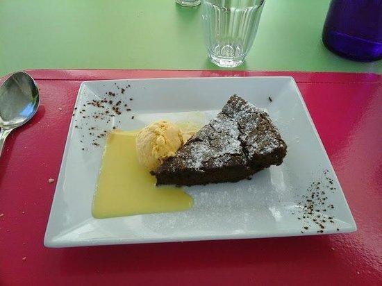 Saint-Jory-de-Chalais, Francia: fondant au chocolat