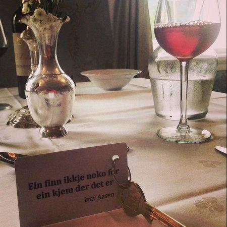 Torvis Hotel: Diningroom