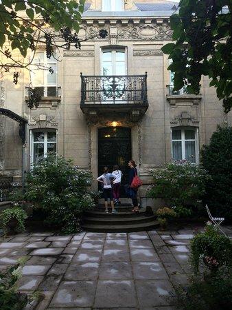 La Demeure d'Hortense: Aussenansicht