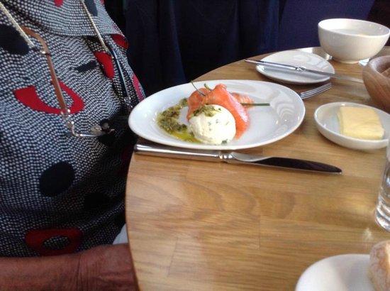 Crannog Seafood Restaurant: Salmon parcels starter