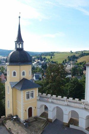Schloss Purschenstein Hotel: Ausblick aus dem Dachgeschoss in den Innenhof