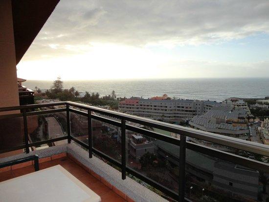 Hotel Diamante Suites: Vista de la puesta de sol desde la habitación