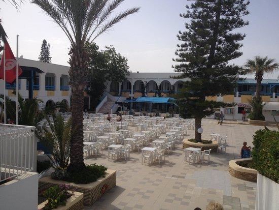 El Mouradi Club Selima : Terasse de l'hôtel