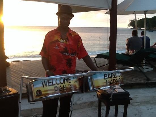 Mango Bay All Inclusive: entertainment