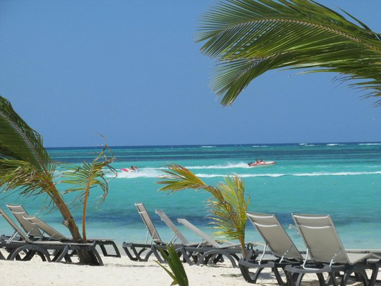 Barcelo Bavaro Beach - Adults Only: Look at that water!