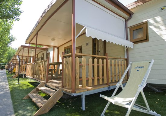 Camping Metauro: Bungalow Zaffiro Plus
