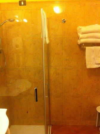 Baia di Ulisse Wellness & SPA : Ванная комната