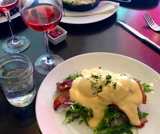 "Savvy on First: ""BLT"" Benedict with a glass of Nico Wines ""Nicolina"" Rose"