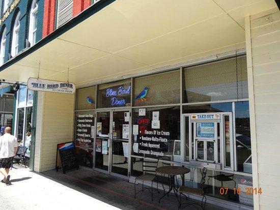 Bluebird Diner, Good Ice Cream