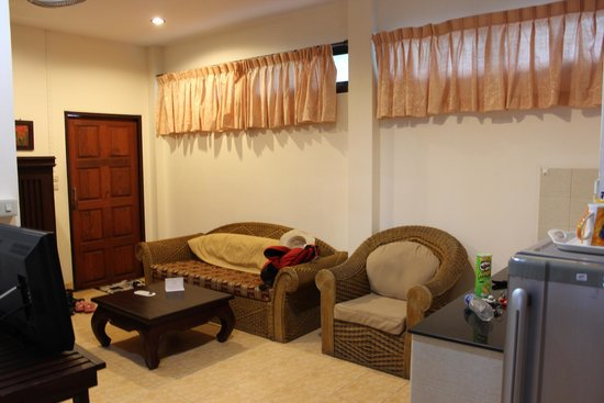 Oasis Hakuna Matata: Living room area