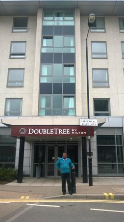 DoubleTree by Hilton Hotel London - Chelsea : Front of the Hotel