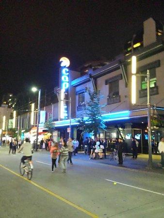 Granville Street Mall/Granville Street: Vida noturna