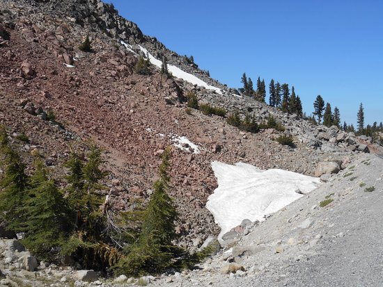 Lassen Volcanic National Park Hiking Trails : Snow at the Summit- July 3, 2014
