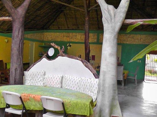 Genesis Eco-Oasis: Dinner area