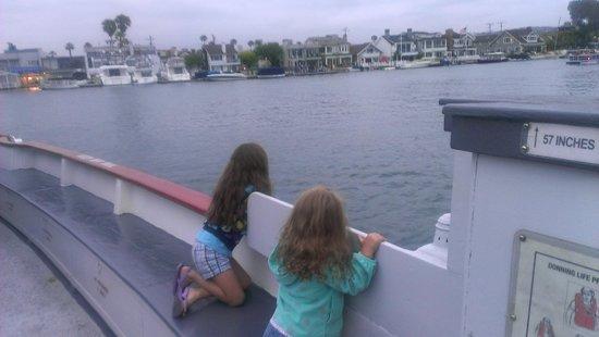 Balboa Island Ferry : My girls on the Balboa Ferry.