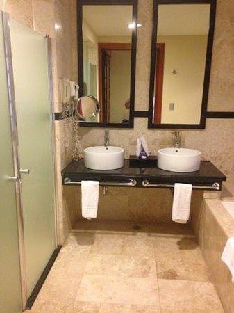 Grand Riviera Princess All Suites Resort & Spa: Inside Room Photo