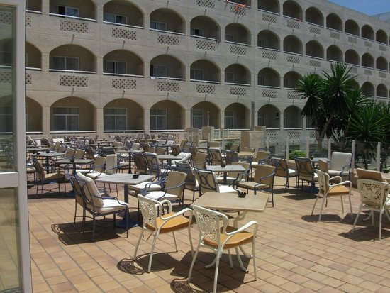 ClubHotel Riu Costa del Sol : Patio area