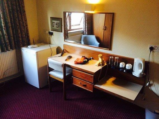 Hylands Hotel: Executive suite - foul