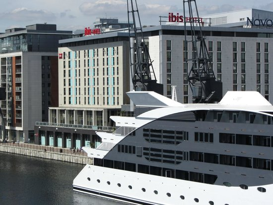 Ibis London Excel Docklands: Hotel from Royal Victoria Docks Footbridge