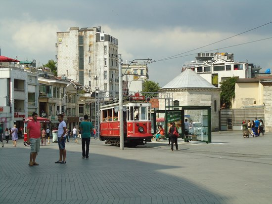 Galatasaray Tram: Tram's starting point at the Taksim Square
