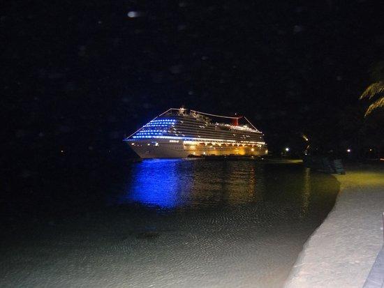 Renaissance Curacao Resort & Casino : Cruise
