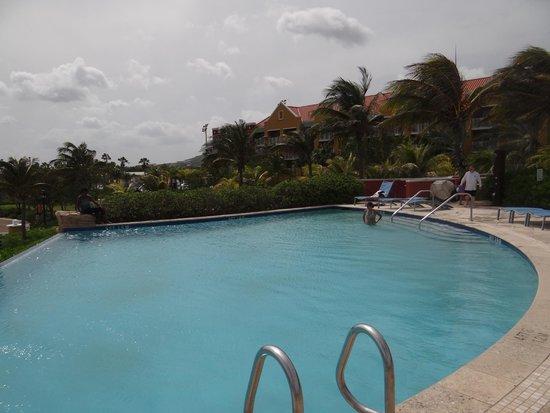 Renaissance Curacao Resort & Casino: Pool