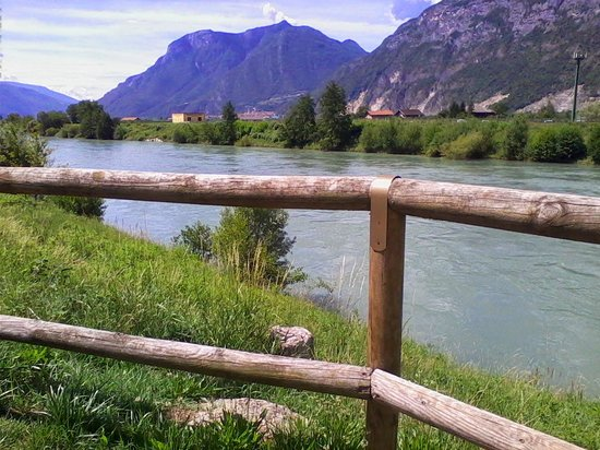 Agritur Pra-Sec: cycling by the river