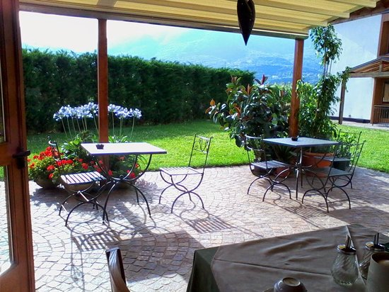 Agritur Pra-Sec: breakfast with a view