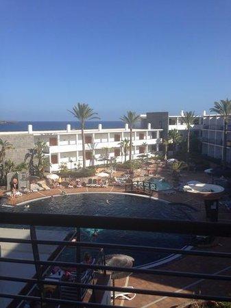 THe Mirador Papagayo: side sea view, room 566