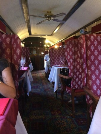 The Old Station Inn : Old train carriage
