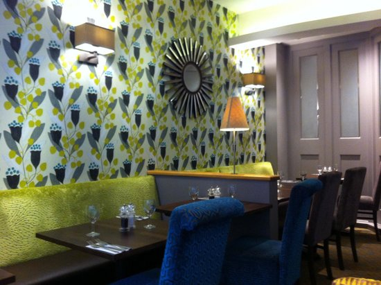 Premier Inn Manchester City Centre - Portland Street : Lovely Dining area