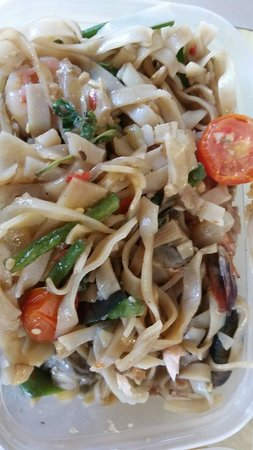 The Old Siam: More seafood pad Thai
