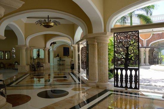Iberostar Grand Hotel Bavaro: Отель