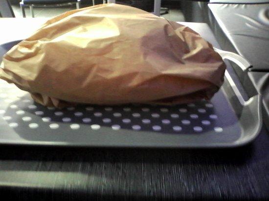 La Frit'Rit: Service à table Bon appétit