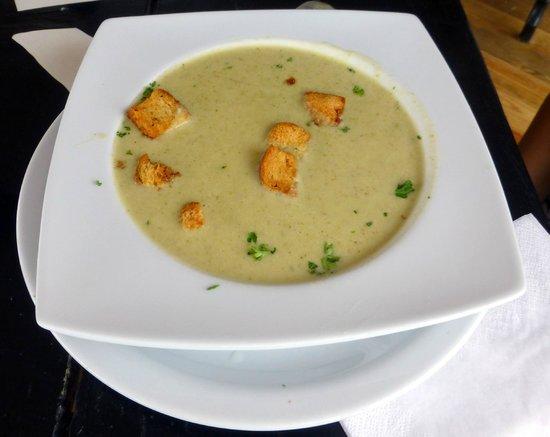 El Limbo on the Sea Hotel Restaurant: Cream Brocoli