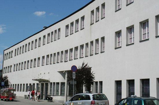 Usine d'Oskar Schindler : Oskar Schindler's Factory