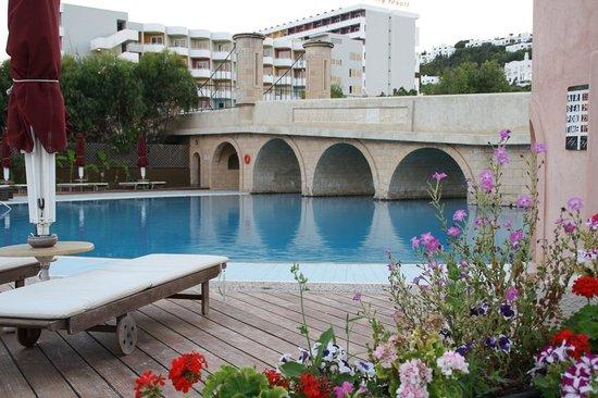 Esperos Palace Hotel: Pool