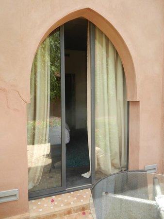 Résidence Dar Lamia : Fenêtre de la chambre vue depuis la terrasse
