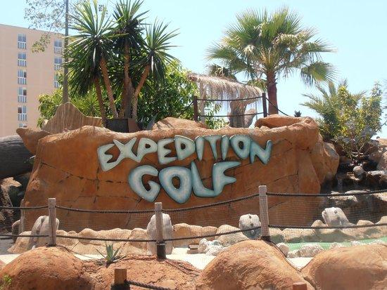 Hotel Marina Torrenova: Katmando golf
