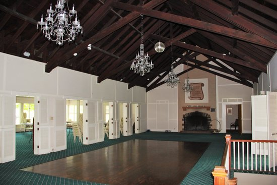 Wolf Hollow at The Water Gap Country Club : Ball Room