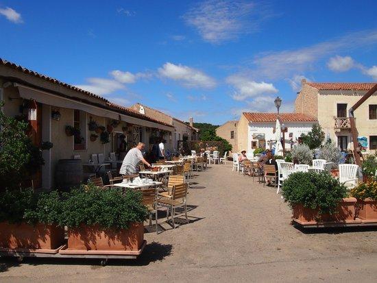 San Pantaleo : borgo